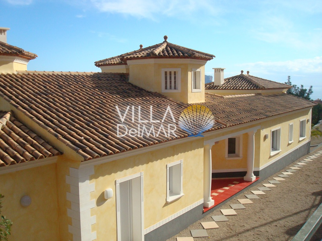 Calpe – Prestigious villa in Calpe with magnificent views overlooking the coast!