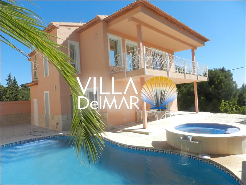 Calpe – Prestigious villa with high quality finishing and beautiful open views