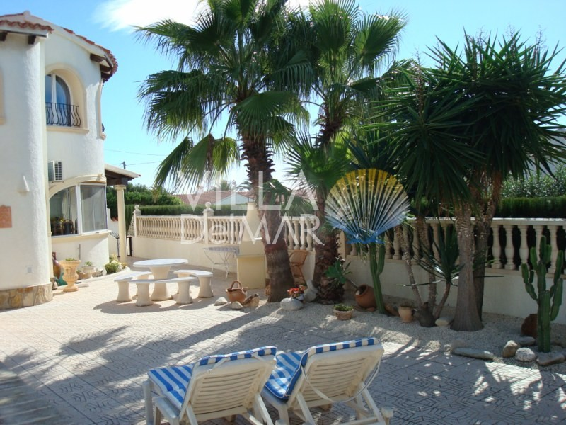 Calpe – Villa on a flat plot in a quiet residential area