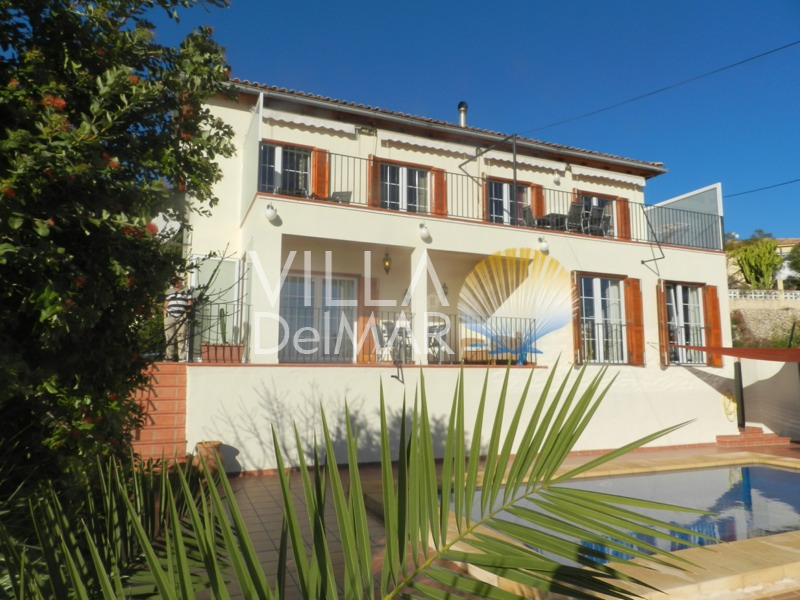 Calpe – Villa in mint condition with spacious guest apartment and wonderful open panoramic views