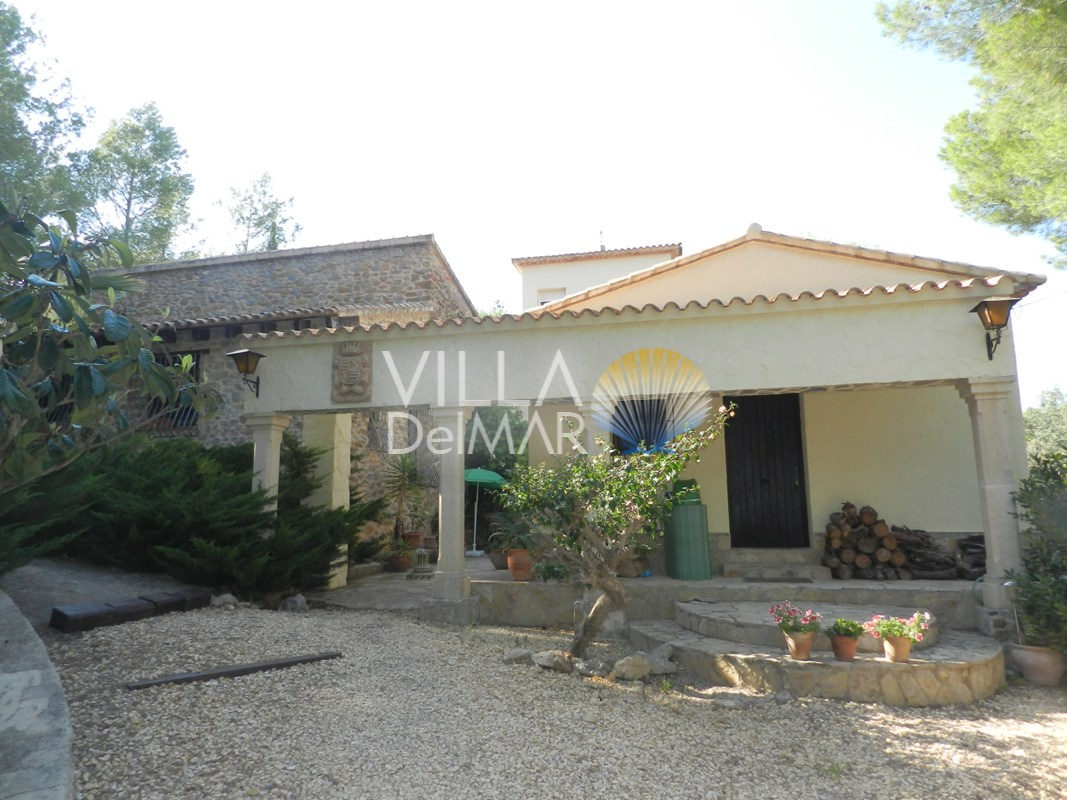 Denia – Villa in Finca stijl met guest house in La Sella!