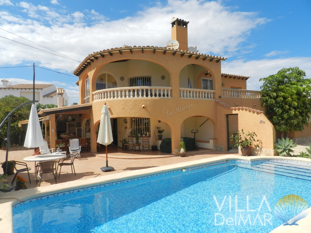 Calpe – Villa with separate guest apartment!