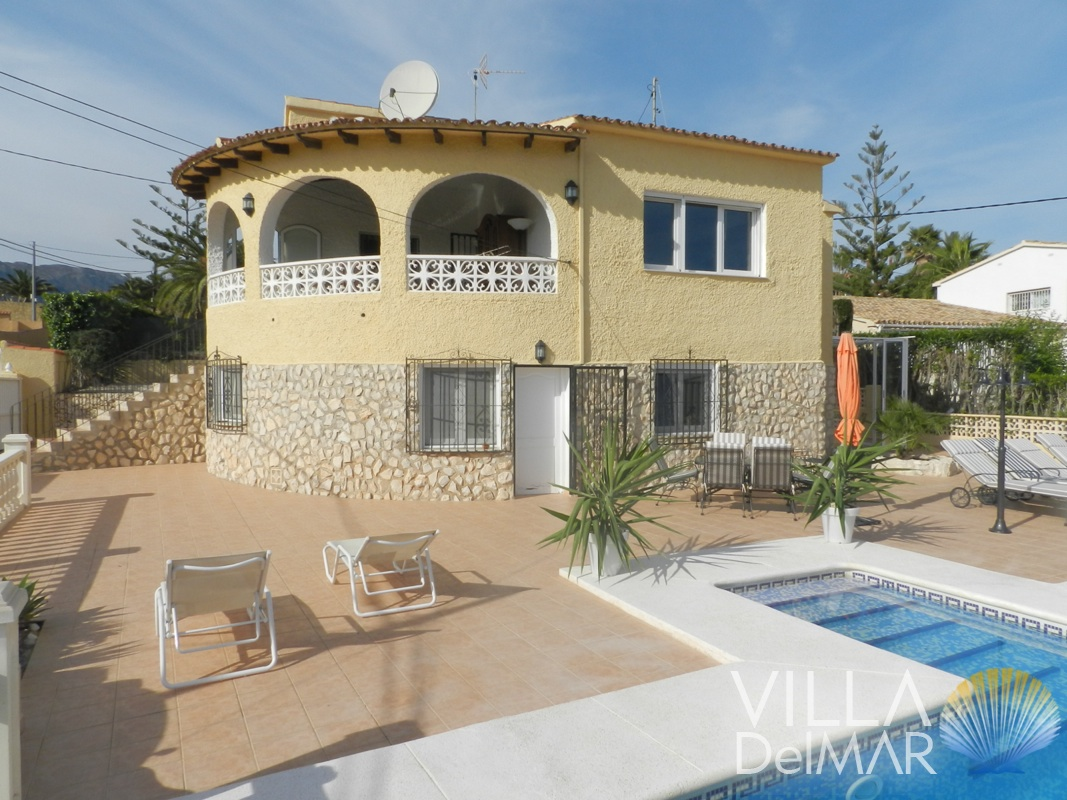 Calpe – Villa with guest apartment in popular area with views to the sea