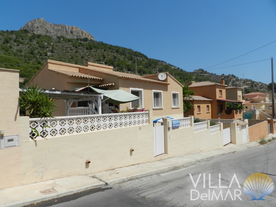 Calpe – Well kept villa with guest apartment close to the center and sea!