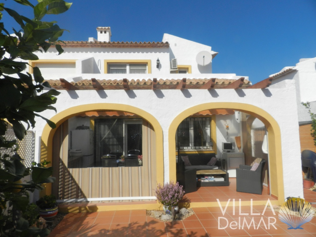 Calpe – Semi-detached house of very low maintenance in gated urbanisation!