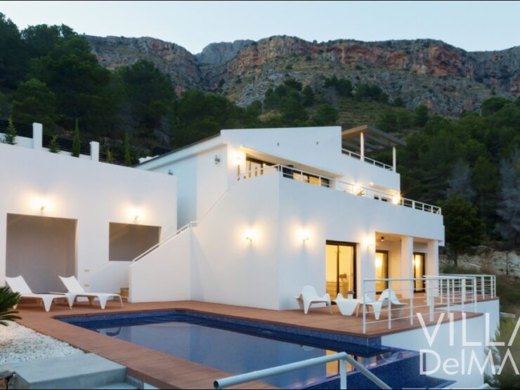 Altea – Modern new built villa with high-end equipment and impressive sea view!