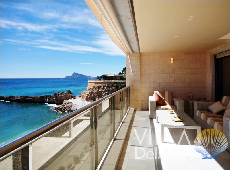 Altea – Apartment with unbeatable views directly at the sea and marina!