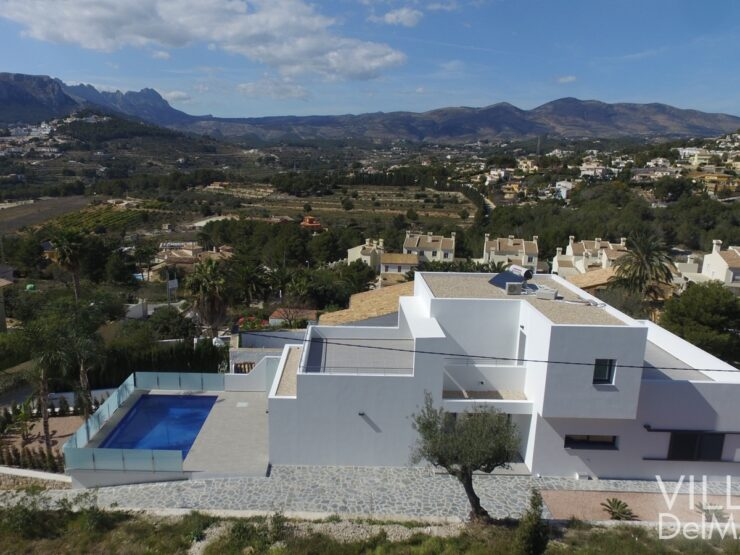Calpe – Brand new villa at a very sunny location with beautiful views over the mountains of Bernia!