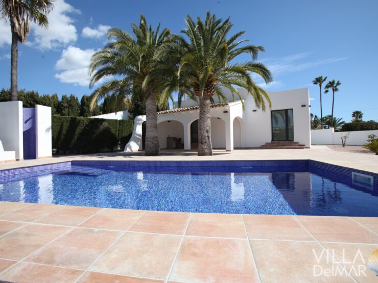 Calpe – Villa with flat plot in a sunny location near the center!