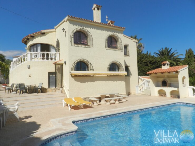 Calpe – Villa in best location and walking distance to the supermarkets, beaches and center!