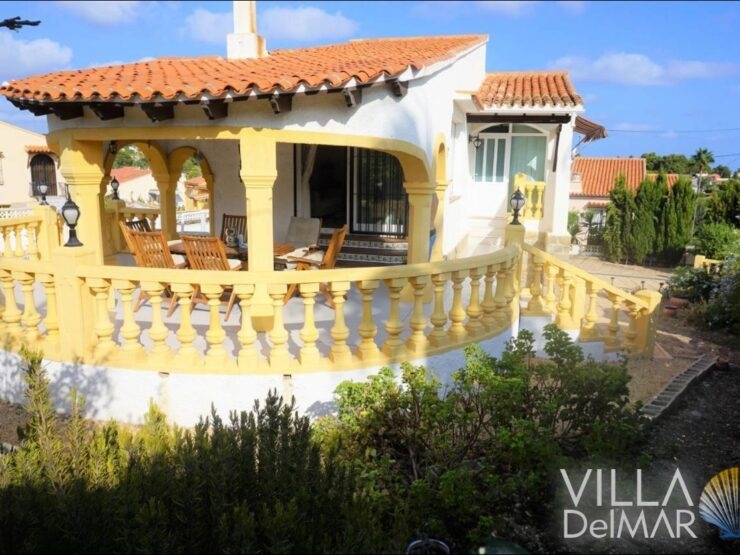 Calpe – Villa with two apartments and private pool!