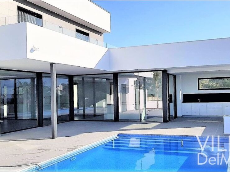 Calpe – New build villa with beautiful mountain & sea view!