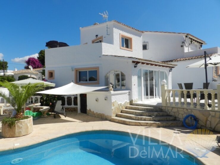 Calpe – Semi-detached house completely modernized with private pool!