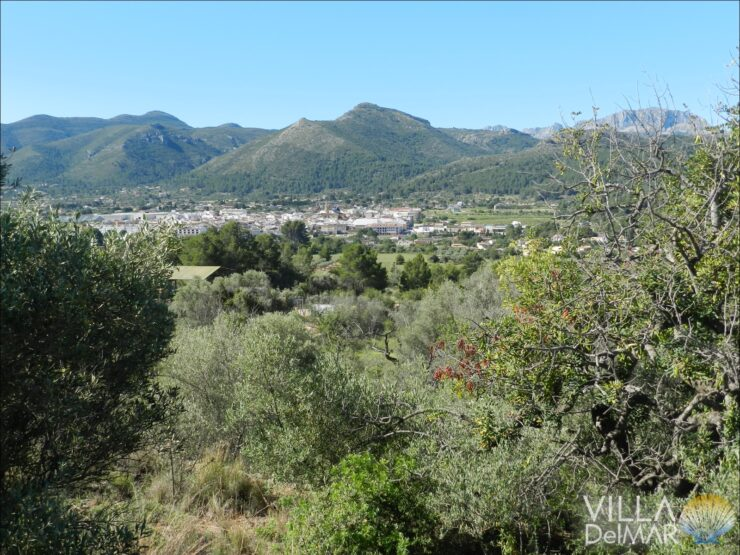 Jalon – Finca plot with marvelous views overlooking the Jalontal!