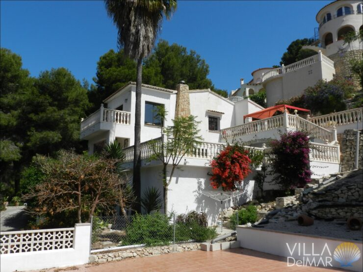 Benissa – Villa in idyllic and quiet location on the coast!