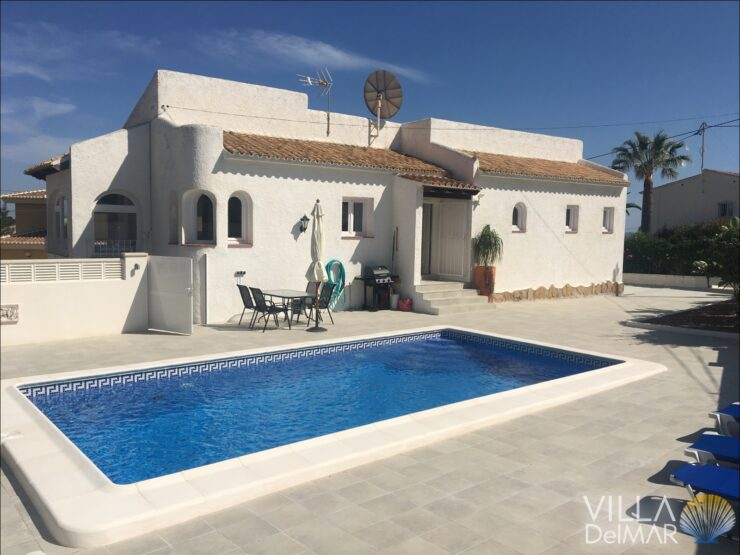 Calpe – Villa in sunny location near beach and center!