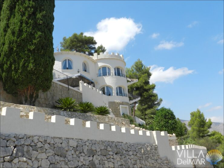 Calpe – Tastefully modernized villa with breathtaking sea view!