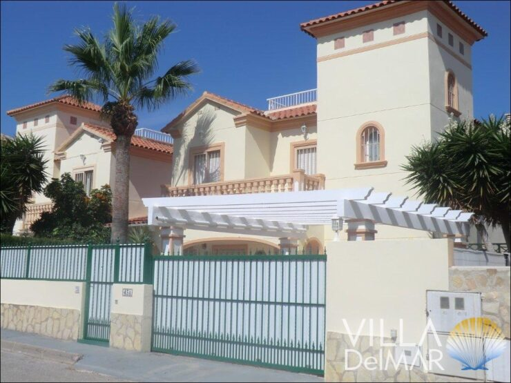 Calpe – Villa with private pool and beautiful open views!