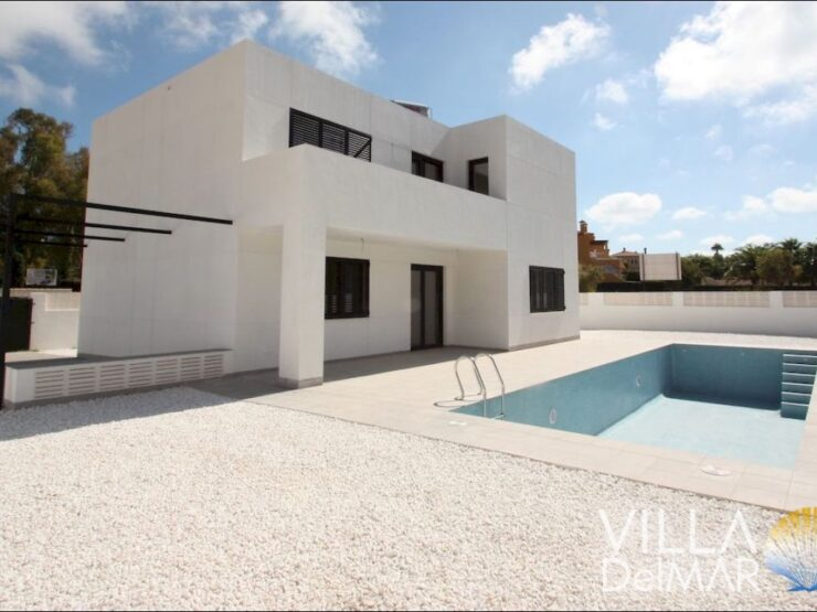 Calpe – Brand new villa near the beach and center!