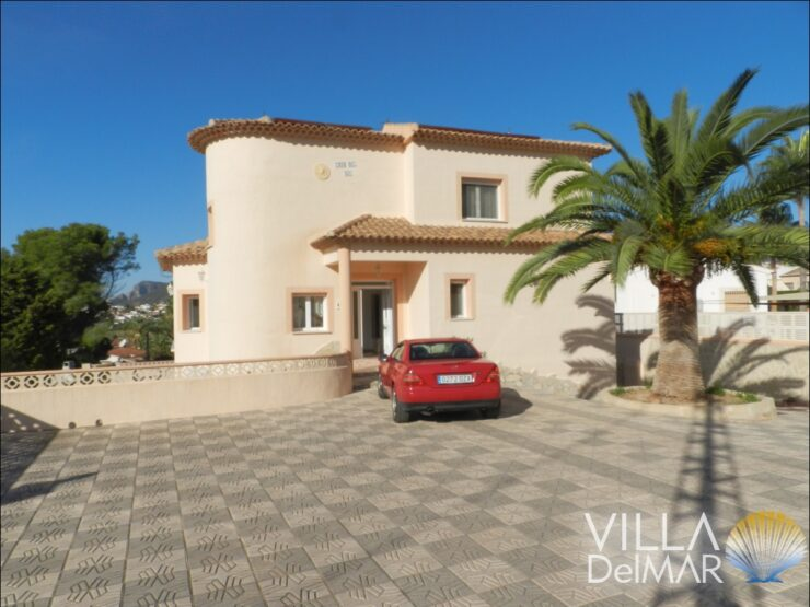 Calpe – Spacious villa with indoor pool, only 600 meters to the sea!