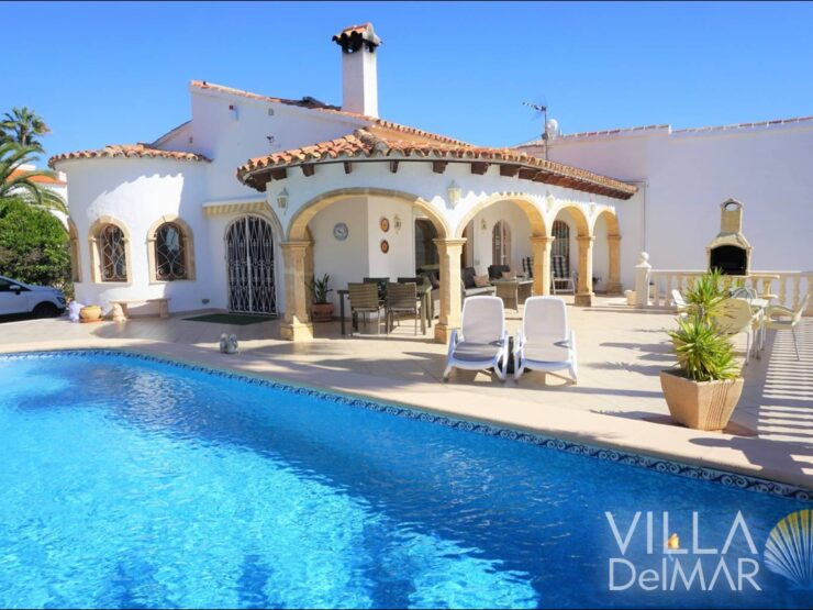 Calpe – Villa with sea view in a privileged sunny residential area!