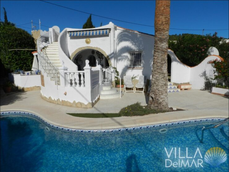 ¡Calpe – Chalet with private pool and separate guest house!