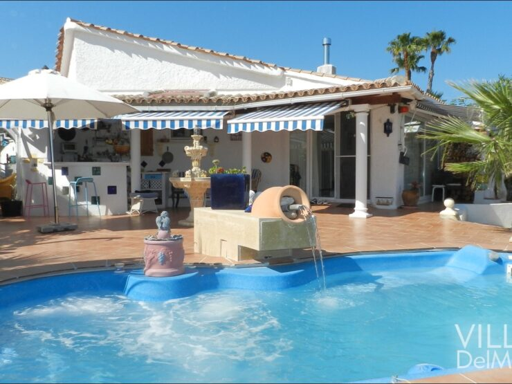 Calpe – Chalet with high recreational value and separate guest accomodation!